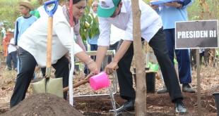 Jokowi Saksikan Kesepakatan Menteri LH dan 9 Ormas untuk Penyelamatan Bumi serta Lingkungan Hidup