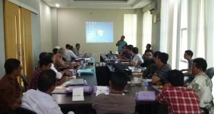 Presentasi Teknik Negosiasi, Diklat dan Uji Kompetensi Sektor Keuangan, Sabtu (5/12)