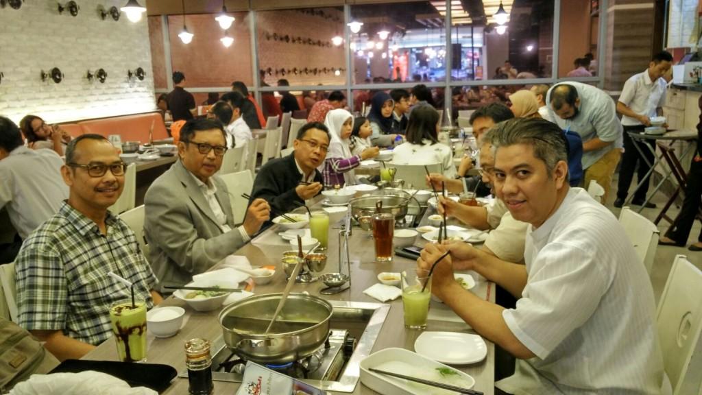 Panitia ASEAN SME Partnership bersama almarhum