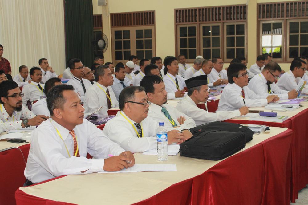peserta ujian kompetensi sertifikasi koperasi syariah