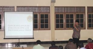 Ketua DPW LDII Provinsi Jatim, Drs. Ec. H.M. Amien Adhy saat memberi pembekalan pada Konsolidasi Organisasi.
