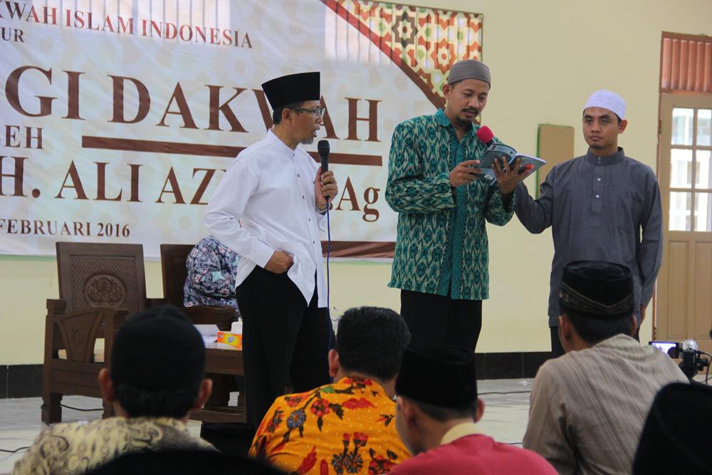 Diklat Metodologi Dakwah oleh Prof. Dr. H. Moh. Ali Aziz, M. Ag.