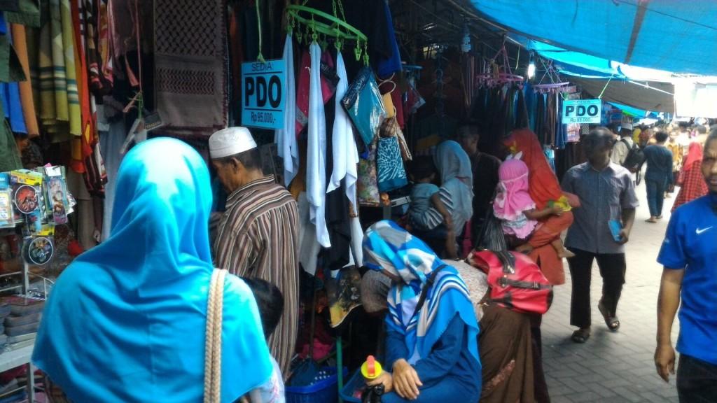 Pedagang di Asrama Syarah Asma' Allah Al-Husna 3