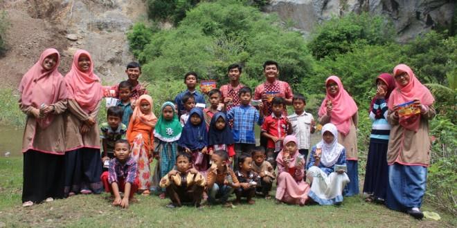 Pengajian Caberawit LDII Kabupaten Jember di Hutan Wisata Kotok, Jember, Minggu (10/4/2016).