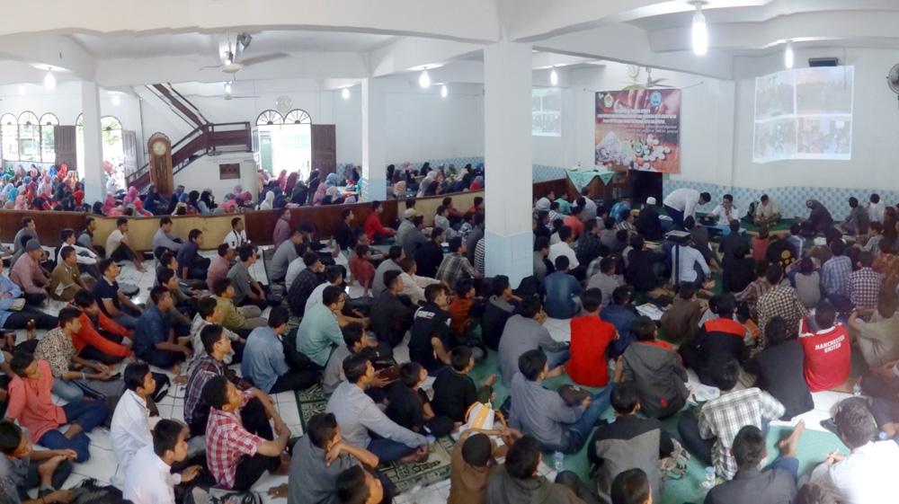 Peserta penyuluhan bahaya pengguna narkoba di Masjid Nurul Iman Karang Jawa, Balikpapan.