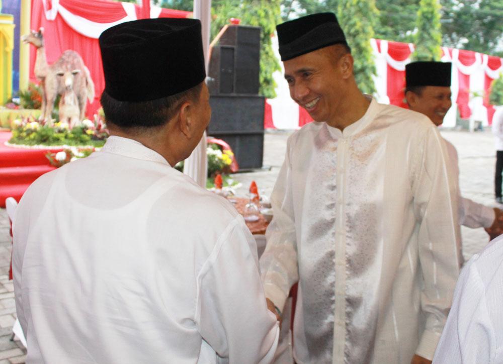 Ketua DPW LDII Jawa Timur Drs. Ec. H. Amien Adhy dan Pangdam V/Brawijya Mayjen TNI Sumardi
