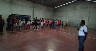 Camat Sukodono, Moh. Ainur Rahman, AP, M.Si membuka Liga Futsal LDII 2016 di Lapangan Futsal Karang Nongko, Sidoarjo, Minggu (13/11).