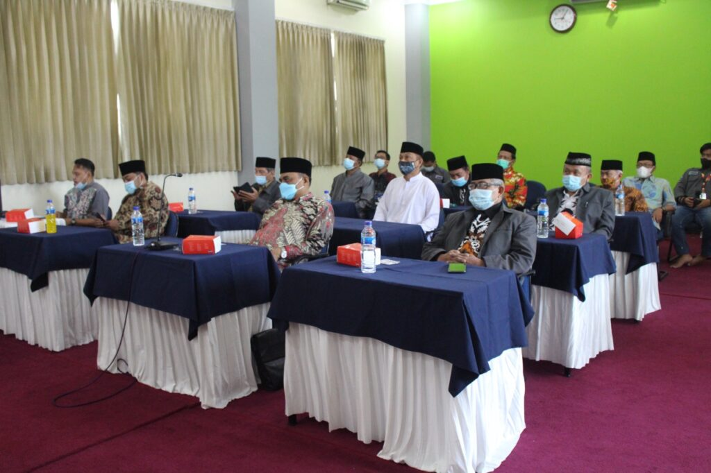 Pengurus DPW LDII Provinsi Jawa Timur Mengikuti Tausyiah Kebangsaan DPP LDII bekerjasama MUI secara daring.