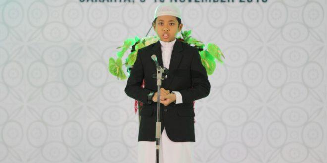 Muhammad Fahim Dzaki Mustofa saat melantunkan hafalan Quran pada Munas VIII LDII, 8 November 2016.