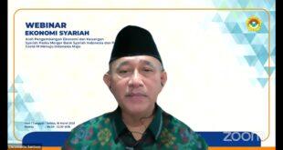 Ketua Umum DPP LDII, Chriswanto Santoso pada webinar ekonomi syariah yang diikuti 210 titik secara serentak melalui zoom video conference, Selasa (16/3).